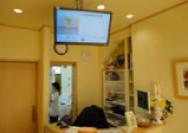 病院待合室サイネージ